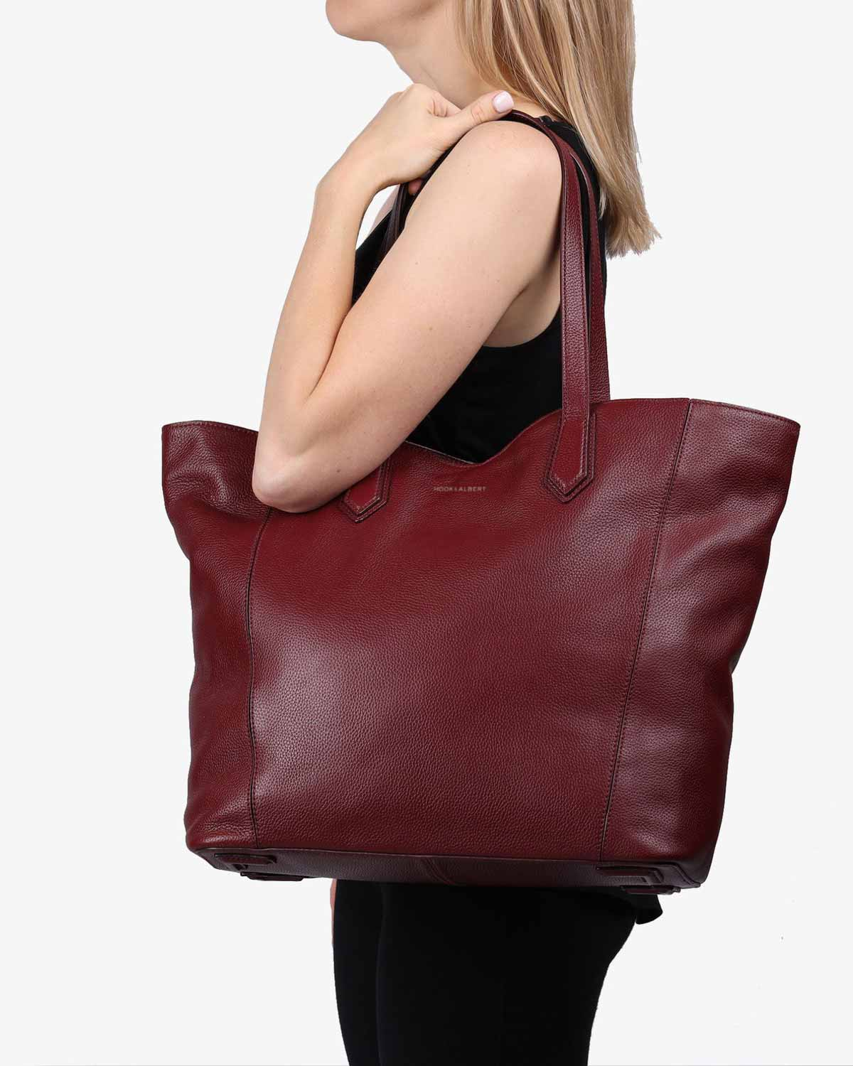 Bordeaux Leather Zippered Tote Bag