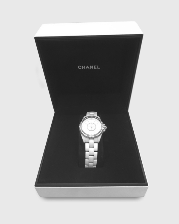 Pre-Owned Chanel J12 MOP White Ceramic Watch